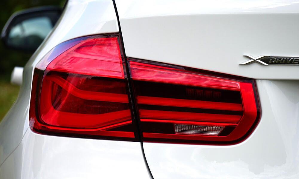 Rear Light & Guide Plate